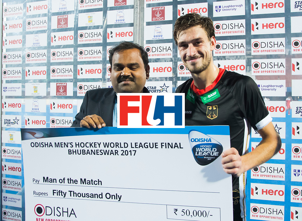 BHUBANESWAR - Florian Fuchs (Ger) werd player of the match  na  de Hockey World League Finals , de kwartfinale wedstrijd Duitsland-Nederland (3-3).Duitsland wint na shoot-outs.    COPYRIGHT KOEN SUYK