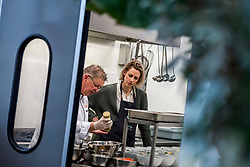 28-03-2018 NED: Kickstart Food van Rabobank, Utrecht<br /> A clever mix of the tastiest seasonal vegetables for the sports public, coming from Dutch local companies. That is the core of the new food program that enables Rabobank and the Nevobo at the Moestuin in Utrecht / Debby Pilon-Stam and Erik te Velthuis, chef of the top sports restaurant at top sports center Papendal