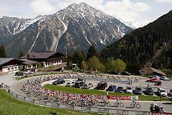 14 May 2008.92nd Giro d'Italia.Stage 06 : Bressanone - Mayrhofen (Austria).Peloton on Hochkrimml.Photo by SPORTIDA / HOCH ZWEI / Grazia Neri / Yuzuru SUNADA