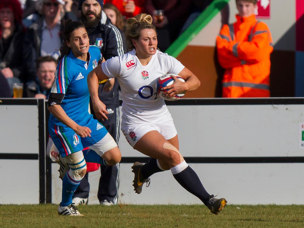 Victoria Fleetwood in action, England Women v Italy Women in Women's 6 Nations Match at Twickenham Stoop, Twickenham, England, on 15th February 2015. Final score 39-7.