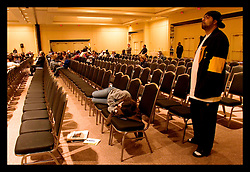16thth December, 2005. New Orleans, Louisiana. Not everyone present cares too much what Mayor Ray Nagin says at his 'town hall meeting' where he listens and responds to residents at the Sheraton Hotel.