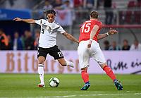 FUSSBALL  INTERNATIONAL TESTSPIEL  IN KLAGENFURT Oesterreich - Deutschland      02.06.2018 Leroy Sane (li Deutschland) gegen Sebastian Proedl (re, Oesterreich)