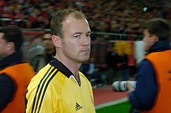 10-03-2005 VOETBAL: UEFA CUP: OLYMPIACOS PIREAUS-NEWCASTLE UNITED: ATHENE<br /> In een beladen wedstrijd wint Newcastle met 3-1 van het griekse Olympiacos - Aanvoerder Allan Shearer<br /> &copy;2005-WWW.FOTOHOOGENDOORN.NL