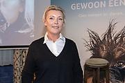 2018, Oktober 23. Soho House, Amsterdam. Boekpresentatie van Dan Neem Je Toch Gewoon Een Nieuwe, van Antoinette Scheulderman. Op de foto: Saskia Noort