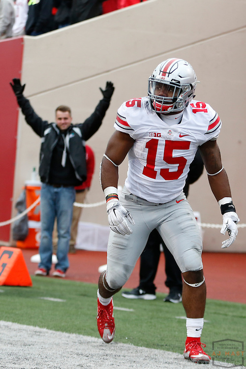 Ohio State running back Ezekiel Elliott (15) in action as Ohio State played Indiana in an NCCA college football game in Bloomington, Ind., Saturday, Oct. 3, 2015. (AJ Mast)