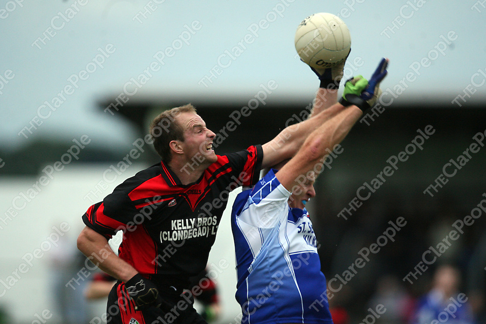 Clondegad's Paddy O' Connell and Kilkee's Derek DeLoughery contest a high ball during their game in Cooraclare on Saturday evening.<br /> Photograph by Yvonne Vaughan