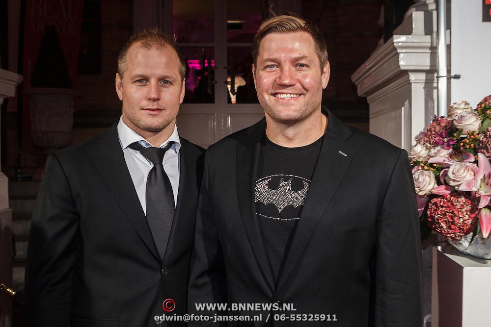 NLD/Amsterdam/20131111 - Beau Monde Awards 2013, Eelco van der Geest en broer Dennis van der Geest