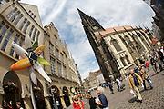 """Skulptur Projekte Muenster 4..""""Blume fuer Muenster (Flower for Muenster)"""" at Prinzipalmarkt 41 opposite Lamberti Church, 2007 by Marko Lehanka."""
