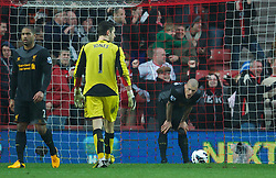 16.03.2013, St. Marys Stadion, Southampton, ENG, Premier League, FC Southampton vs FC Liverpool, 30. Runde, im Bild Liverpool's Martin Skrtel looks dejected as his concede the third goal to Southampton during during the English Premier League 30th round match between Southampton FC and Liverpool FC at the St. Marys Stadium, Southampton, Great Britain on 2013/03/16. EXPA Pictures © 2013, PhotoCredit: EXPA/ Propagandaphoto/ David Rawcliffe..***** ATTENTION - OUT OF ENG, GBR, UK *****