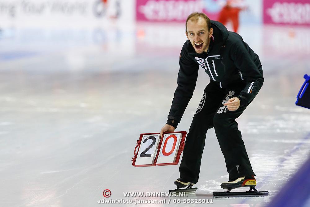NLD/Heerenveen/20130111 - ISU Europees Kampioenschap Allround schaatsen 2013, 5000 meter heren, Belgische coach