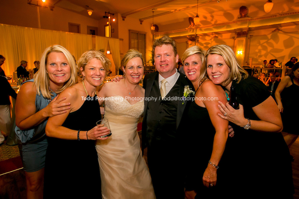 7/14/12 9:51:04 PM -- Julie O'Connell and Patrick Murray's Wedding in Chicago, IL.. © Todd Rosenberg Photography 2012