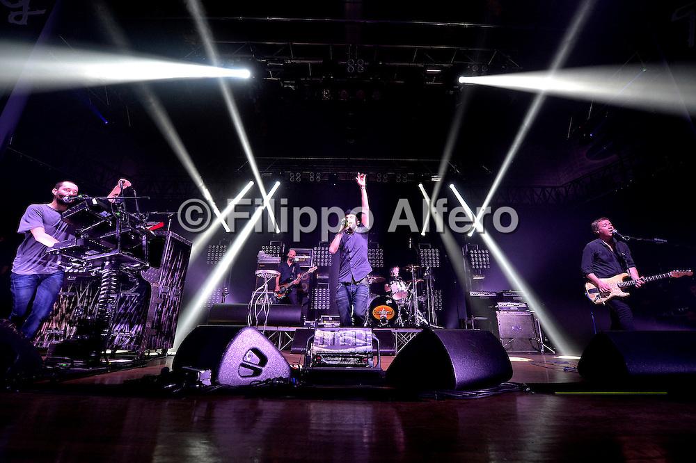 &copy; Filippo Alfero<br /> Reply Xmas 12 Milano<br /> Milano, 20/12/2012<br /> Nella foto: i Subsonica in concerto