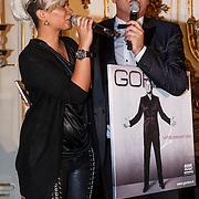 """NLD/Zeist/20131103 - CD presentatie Gordon """" Liefde overwint alles """", Eva Simons met Gordon"""