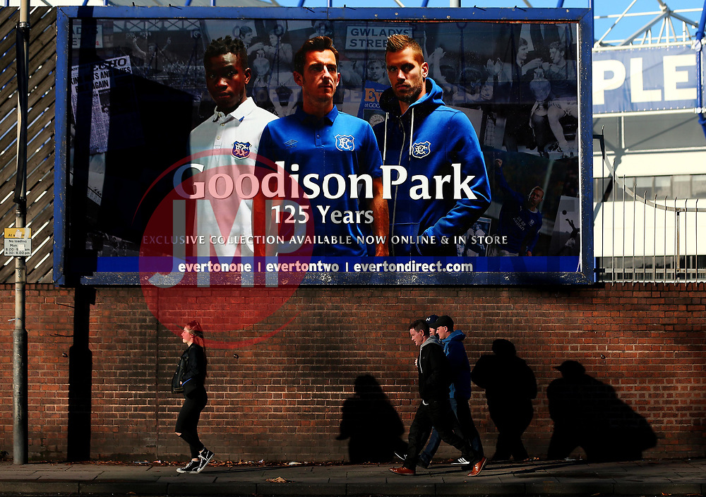 Everton fans arrive at Goodison Park - Mandatory by-line: Robbie Stephenson/JMP - 05/11/2017 - FOOTBALL - Goodison Park - Liverpool, England - Everton v Watford - Premier League