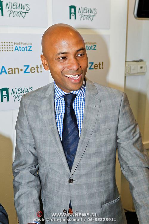NLD/Den Haag/20100906 - Start Alfabetiseringsweek met installatie forum A tot Z, Humberto Tan