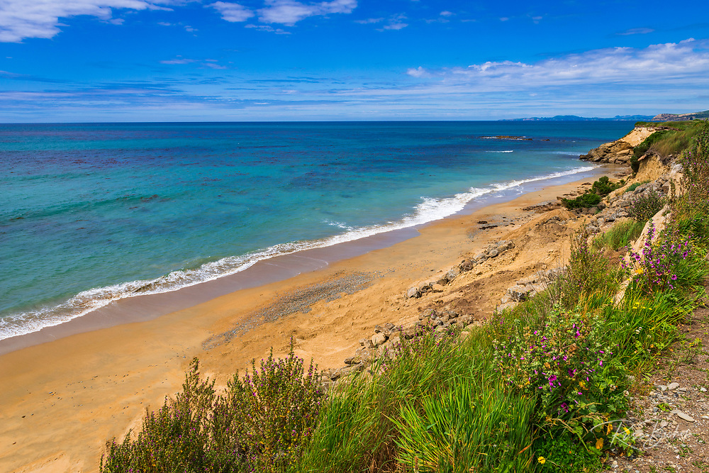The blue Pacific Ocean at Kakanui, Otago, South Island, New Zealand