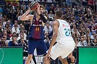 Real Madrid Walter Tavares and FC Barcelona Lassa Ante Tomic during Liga Endesa match between Real Madrid and FC Barcelona Lassa at Wizink Center in Madrid, Spain. November 12, 2017. (ALTERPHOTOS/Borja B.Hojas)