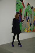 Stella McCartney, Jeff Koons: Hulk Elvis. private view. Gagosian Gallery. 18 1une 2007.  -DO NOT ARCHIVE-© Copyright Photograph by Dafydd Jones. 248 Clapham Rd. London SW9 0PZ. Tel 0207 820 0771. www.dafjones.com.