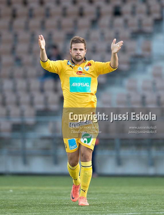 Aleksei Kangaskolkka. HJK - IFK Mariehamn. Veikkausliiga. 26.8.2012. Photo: Jussi Eskola