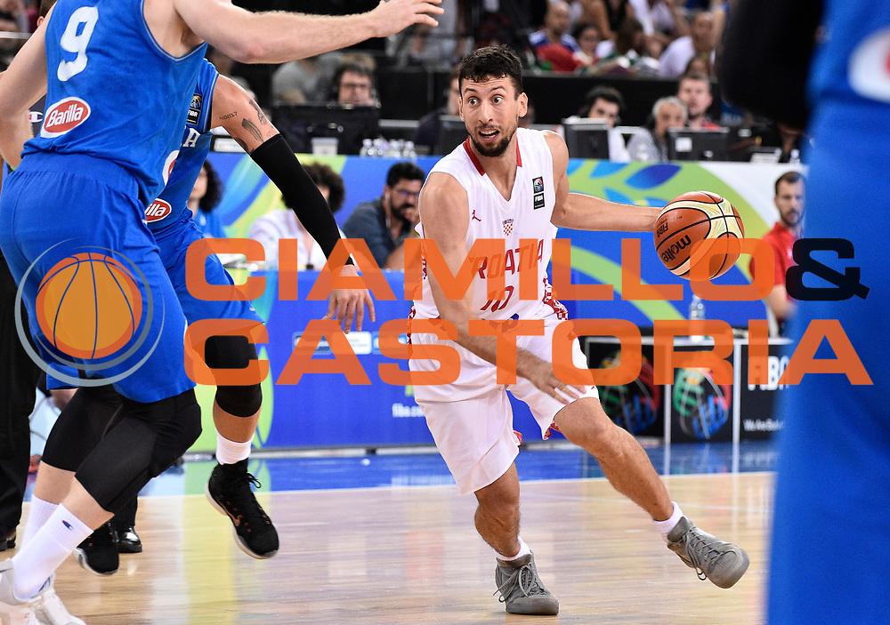 DESCRIZIONE: Torino FIBA Olympic Qualifying Tournament Finale Italia - Croazia<br /> GIOCATORE: ROKO LENI UKIC<br /> CATEGORIA: Nazionale Italiana Italia Maschile Senior<br /> GARA: FIBA Olympic Qualifying Tournament Finale Italia - Croazia<br /> DATA: 09/07/2016<br /> AUTORE: Agenzia Ciamillo-Castoria