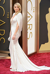 Kate Hudson arriving to the 2014 Oscars at the Hollywood and Highland Center in Hollywood, California, USA,  Sunday, 2nd March 2014. Picture by Hollywood Bubbles / i-Images<br /> UK ONLY