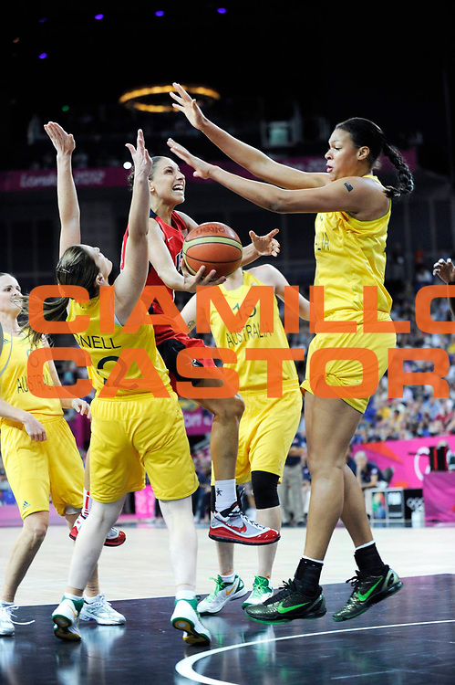 DESCRIZIONE : Basketball Jeux Olympiques Londres Demi finale<br /> GIOCATORE : Taurasi Diana<br /> SQUADRA : USA FEMME<br /> EVENTO: Jeux Olympiques<br /> GARA : USA AUSTRALIE<br /> DATA : 09 08 2012<br /> CATEGORIA : Basketball Jeux Olympiques<br /> SPORT : Basketball<br /> AUTORE : JF Molliere <br /> Galleria : France JEUX OLYMPIQUES 2012 Action<br /> Fotonotizia : Jeux Olympiques Londres demi Finale Greenwich Arena<br /> Predefinita :