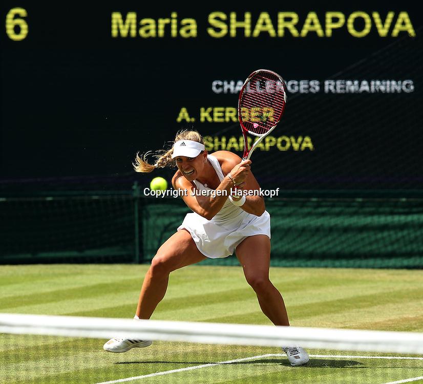 Wimbledon Championships 2014, AELTC,London,<br /> ITF Grand Slam Tennis Tournament,<br /> Angelique Kerber (GER),Aktion,Einzelbild,<br /> Ganzkoerper,<br /> Querformat,