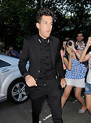 23.JULY.2012. LONDON<br /> <br /> MARK RONSON ARRIVES AT LATE SINGER AMY WINEHOUSE'S CAMDEN HOME FOR A MEMORIAL SERVICE.<br /> <br /> BYLINE: EDBIMAGEARCHIVE.CO.UK<br /> <br /> *THIS IMAGE IS STRICTLY FOR UK NEWSPAPERS AND MAGAZINES ONLY*<br /> *FOR WORLD WIDE SALES AND WEB USE PLEASE CONTACT EDBIMAGEARCHIVE - 0208 954 5968*