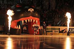 12.12.2014, Curt Fenzel Stadion, Augsburg, GER, DEL, Augsburger Panther vs Koelner Haie, 26. Runde, im Bild Andy Reiss #96 (Augsburger Panther) beim Einlauf // during Germans DEL Icehockey League 26th round match between Augsburger Panther vs Koelner Haie at the Curt Fenzel Stadion in Augsburg, Germany on 2014/12/12. EXPA Pictures © 2014, PhotoCredit: EXPA/ Eibner-Pressefoto/ Kolbert<br /> <br /> *****ATTENTION - OUT of GER*****
