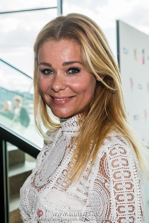 NLD/Amsterdam/20160829 - Seizoenspresentatie RTL 2016 / 2017, Froukje de Both