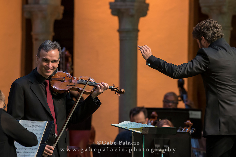 Summer Season Finale with Gil Shaham, violin, Pablo Heras-Casado, conductor, and the Orchestra of St. Luke's in the Venetian Theater at Caramoor in Katonah New York on August 7, 2016. <br /> (photo by Gabe Palacio)