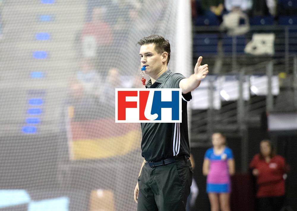 BERLIN - Indoor Hockey World Cup<br /> Bronze: Iran - Australia<br /> foto: Umpire Ben Goentgen<br /> WORLDSPORTPICS COPYRIGHT FRANK UIJLENBROEK