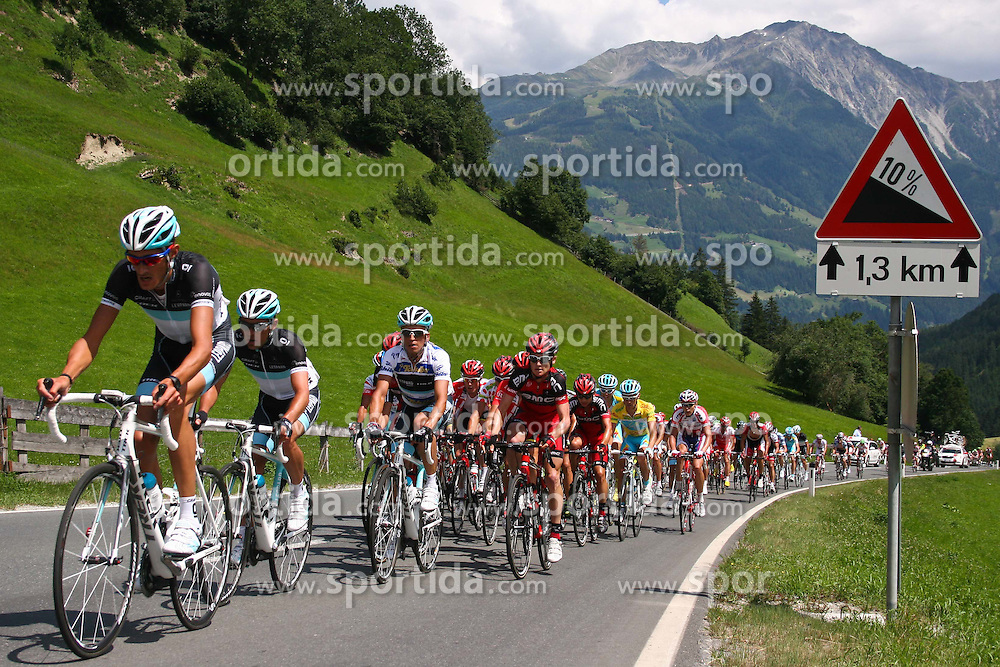 05.07.2011, AUT, 63. OESTERREICH RUNDFAHRT, 3. ETAPPE, Kitzbühel-Lienz, im Bild das Pelteton der Verfolger beim Anstieg nach Virgen/ Mitteldorf // during the 63rd Tour of Austria, Stage 3, 2011/07/05, EXPA Pictures © 2011, PhotoCredit: EXPA/ P. Gruber