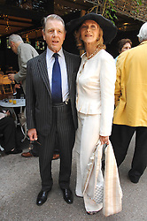 Actress LINDA THORSON and actor EDWARD FOX at a lunch party to celebrate the publication of David Conville's book The Park, held at Regent's Park Open Air Theatre, London o  6th June 2007.<br /><br />NON EXCLUSIVE - WORLD RIGHTS