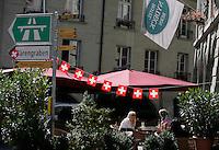 BERN, Fussball, Euro 2008 Vorschau, Staedte, Bern,Die Altstadt laedt mit ihren zahlreichen Caf鳠zum Verweilen ein ,Foto:Pressefoto Ulmer/Schaadfoto/Andreas Schaad PUBLICATION NOT IN AUT