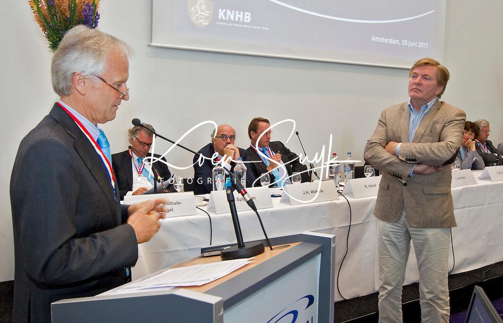 AMSTERDAM - Algemene Leden Vergadering (ALV) van de KNHB. FOTO KOEN SUYK voor KNHB