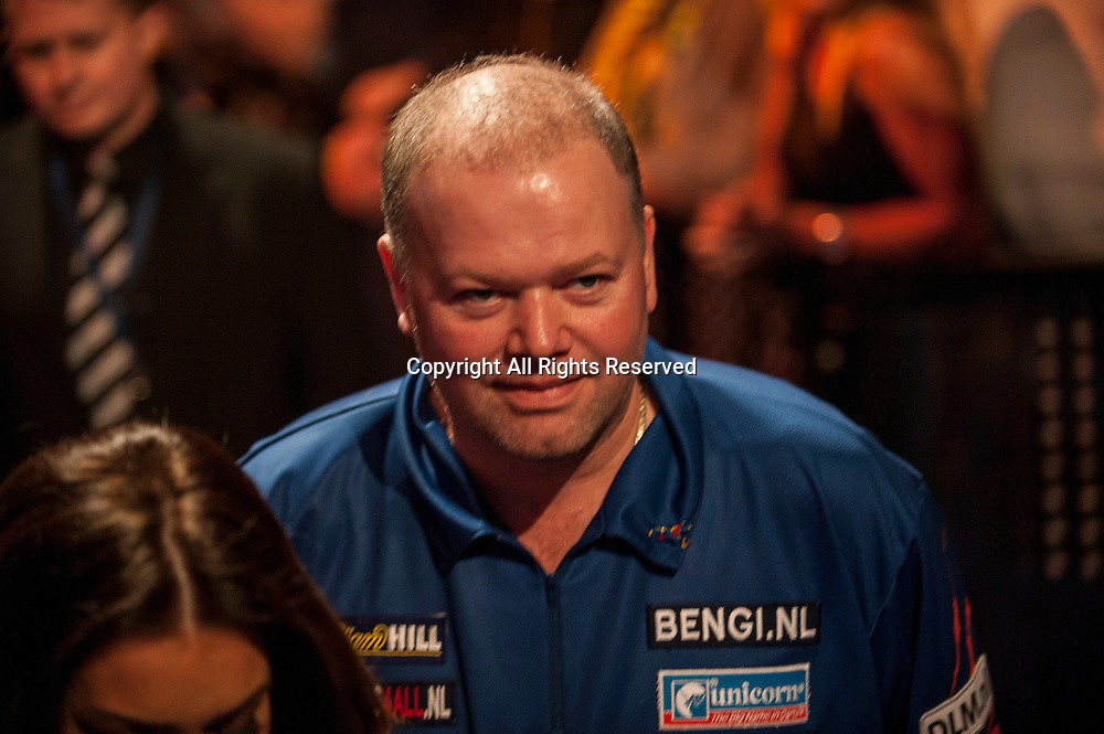 02.01.2014.  London, England.  William Hill PDC World Darts Championship.  Quarter Final Round.  Raymond van Barneveld (14) [NED] makes his way to the stage before his match against Stephen Bunting (27) [ENG]