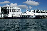 Motoryacht Le Grand Bleu alongside the Princes wharf in the Waitamata Harbour, Auckland, New Zealand. 18/12/2005
