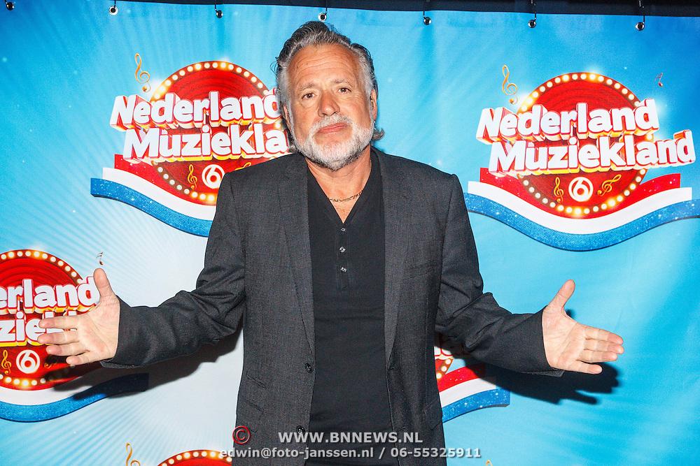 NLD/Aalsmeer/20150509 - Opname Nederland Muziekland, Hans Bouwens, George Baker