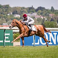 Mekhtaal (G.Benoist) wins Prix Hocquart