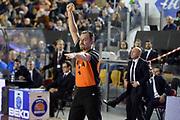 DESCRIZIONE : Roma Lega serie A 2013/14 Acea Virtus Roma Pasta Reggia Caserta<br /> GIOCATORE : Arbitro<br /> CATEGORIA : Arbitro Mani<br /> SQUADRA : Arbitro<br /> EVENTO : Campionato Lega Serie A 2013-2014<br /> GARA : Acea Virtus Roma Pasta Reggia Caserta<br /> DATA : 23/02/2014<br /> SPORT : Pallacanestro<br /> AUTORE : Agenzia Ciamillo-Castoria/GiulioCiamillo<br /> Galleria : Lega Seria A 2013-2014<br /> Fotonotizia : Roma Lega serie A 2013/14 Acea Virtus Roma Pasta Reggia Caserta<br /> Predefinita :