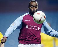 Fotball, 3. desember 2003, Carling Cup, Aston Villa- Crystal Palace 2-0, Darius Vassell, Aston Villa