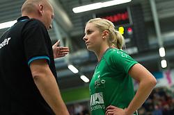 16-10-2013 VOLLEYBAL: USC MUENSTER - VOLLEYSTARS THUERINGEN: MUENSTER<br /> Axel Buering (Trainer / Coach USC Muenster), Tess von Piekartz (#4 USC Muenster)<br /> ***NETHERLANDS ONLY***<br /> &copy;2013-FotoHoogendoorn.nl