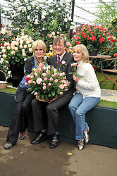 Left to right, JOANNA LUMLEY, STEPHEN FRY and SUSAN HAMPSHIRE at the RHS Chelsea Flower Show 2009 held inthe gardens of the Royal Hospital Chelsea on 18th May 2009.