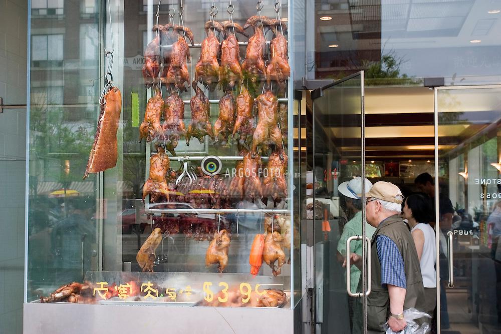 Toronto, ON, Canada    03/Junho/2005.Restaurante em Chinatown, Avenida Spadina./ Restaurant in Chinatown, Spadina Avenue..Foto Marcos Issa/Argosfoto