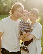 Daniel Berglund and Benedicte Stendahl Hansen and their little son Eskil. They are both cultural workers; Daniel is a musician and Benedicte is an actress. They bought one of the Gravmark houses and share their time between the house and their flat in Umeå. ..Daniel Berglund och Benedicte Stendahl Hansen med sin son Eskil, och dottern Heidi i Benedictes mage. De har stuga i Gravmark, precis nedanför Johanna Hallin med familj.