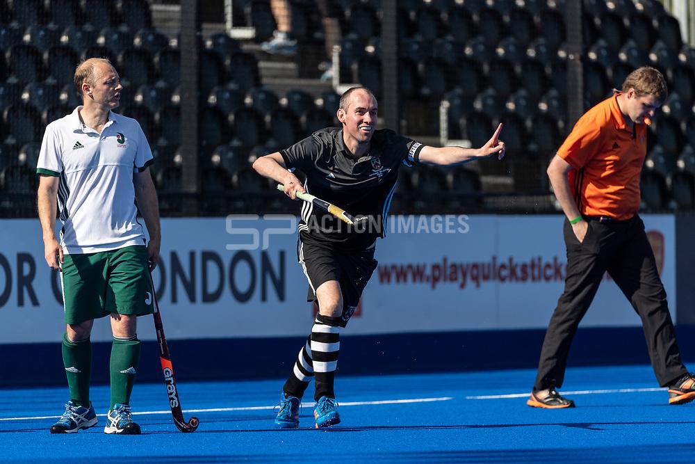 Canterbury v Alderley Edge - Men's O40s T2 Final, Lee Valley Hockey & Tennis Centre, London, UK on 06 May 2018. Photo: Simon Parker