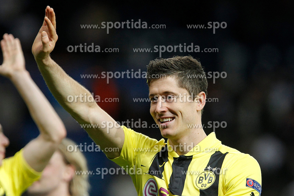 30.04.2013, Estadio Santiago Bernabeu, Madrid, ESP, UEFA CL, Real Madrid vs Borussia Dortmund, Halbfinale, Rueckspiel, im Bild Borussia Dortmund's Robert Lewandowski celebrates // after UEFA Champions League 2nd Leg Semifinal Match between Real Madrid and Borussia Dortmund at the Estadio Santiago Bernabeu, Madrid, Spain on 2013/04/30. EXPA Pictures © 2013, PhotoCredit: EXPA/ Alterphotos/ Alvaro Hernandez..***** ATTENTION - OUT OF ESP and SUI *****