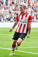 EINDHOVEN - PSV - Feyenoord , Voetbal , Seizoen 2015/2016 , Eredivisie , Philips Stadion , 30-08-2015 , PSV speler Maxime Lestienne viert zijn gelijkmaker voor de 1-1