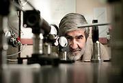 Mario Favre, Ph.D. Imperial College, Inglaterra. Es Profesor Titular del Departamento de Física de la Pontificia Universidad Católica de Chile. Santiago, Chile. 18-01-2012 (©Alvaro de la Fuente/TRIPLE)